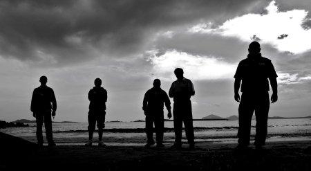 five_men_shadows_by_ielioi
